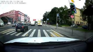 видео Видеорегистратор зеркало EPLUTUS D36 с двумя камерами