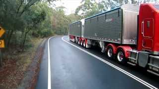 Wilson Pacesetter Grain Trailer distributed in Australia by Barker Trailers
