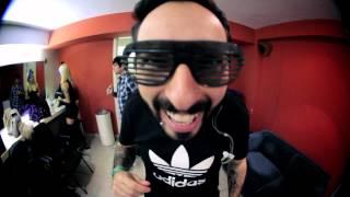 IZI - Me Deixa ( Video Clipe Oficial )