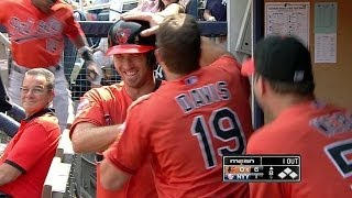 Hardy hits his first homer of the season