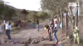 Disputan a pedradas balneario en Colima