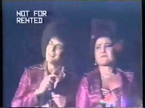 Ratu Dangdut Elvy Sukaesih & Ahmad Albar - Engkau Jauh LIVE