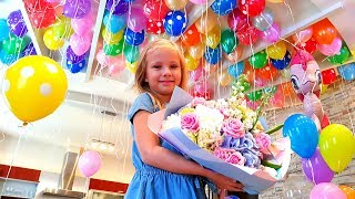 Що Подарували Ніколь на ДЕНЬ НАРОДЖЕННЯ ? Телефон / Майнкрафт / Подарунки / Розваги / Happy birthday