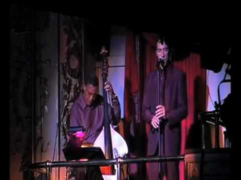 Francesco Pini sings