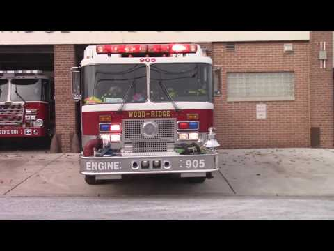 Wood Ridge, Nj Fire Department Engine 905 Responding From Fire Headquarters On Humboldt St