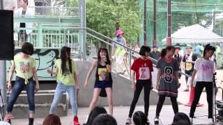 2014年7月13日(日)、宮下公園にて開催されていた「渋谷ズンチャカ!」にて開催されていたLittle Glee Monster(リトグリ)のパフォーマンスが行われ...