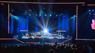 Robbie Williams - Nan´s song ( Live at Knebworth )