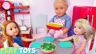 Play Baby Dolls Dinner in Kitchen Toy and Candy Store Grocery Shopping!