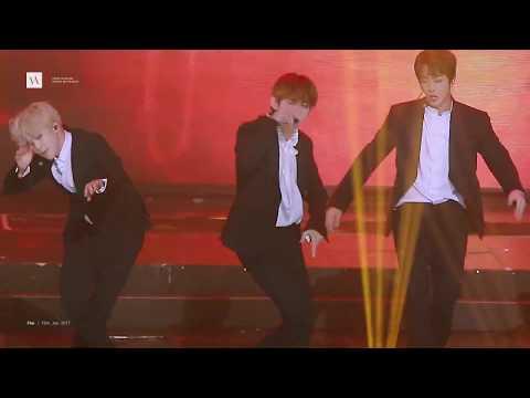 Taehyung Fancam FIRE SMA 170119 뷔 마이크드랍 직캠| BTS V Focus