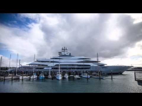 Billionaire's yacht in Auckland, Sea Ray has some big news, Project Tatiana is out & much more