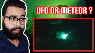 GREEN UFO CAUGHT ON CAMERA CRASHING INTO EARTHS ORBIT ( News In A Minute)