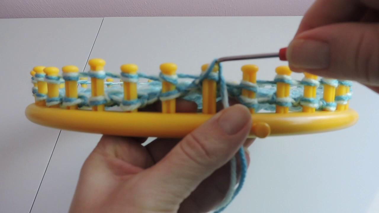 bd68fe63d6d Messy Bun Hat Loom Knitting - YouTube