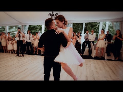 Hemmy - Couple Does Dirty Dancing Dance at Their Wedding!