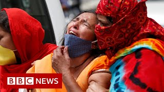 India sees highest daily Covid death toll amid deadly second wave - BBC News