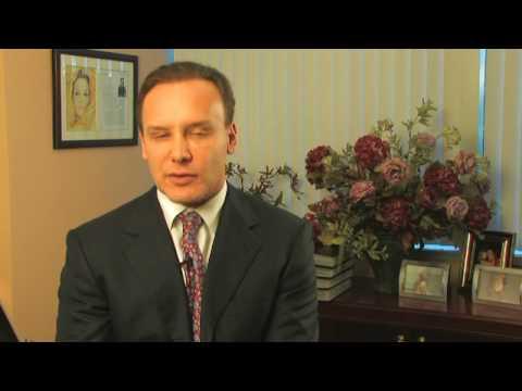 Breast Augmentation Specialist Dr. Leonard M. Hoch...