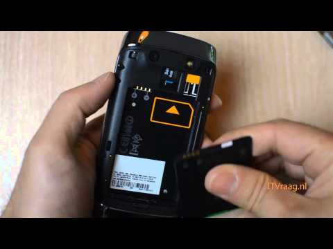 BlackBerry Torch 9860 - Removing Cover/Battery/SIM/SD Card