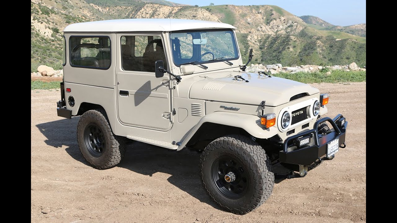 tlc 1976 restored toyota land cruiser fj40 v8 youtube. Black Bedroom Furniture Sets. Home Design Ideas