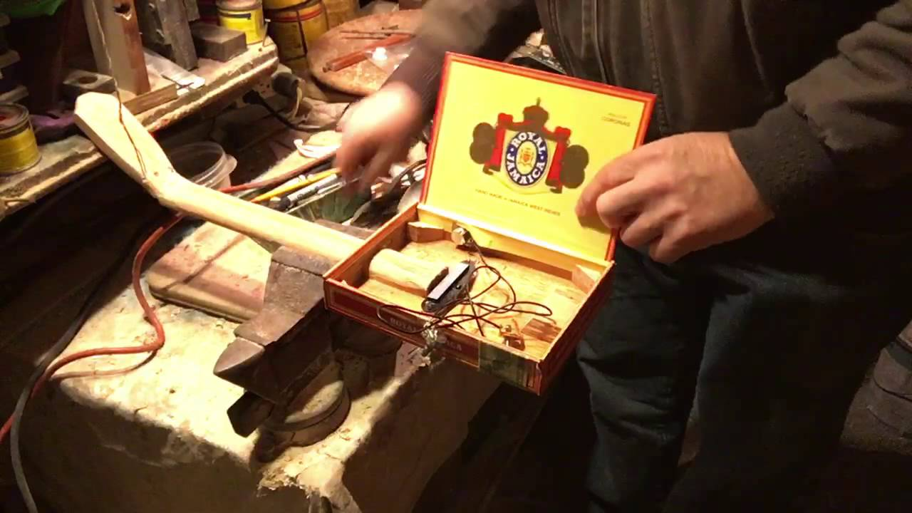 installing pickup in cigar box guitar part 2 youtube. Black Bedroom Furniture Sets. Home Design Ideas