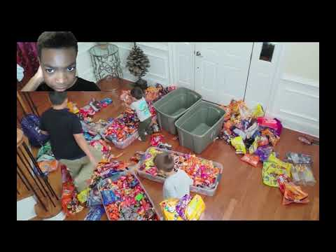 REACTION | HALLOWEEN TRICK OR TREATER EXPERIMENT 🎃 HONESTY TEST W/ $750 CANDY