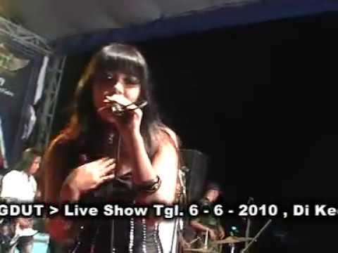 SERA VIA VALENT - LAPINDO Live krian Sidoarjo (sexy) CUTE girls