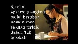 Download Rossa - Tak Sanggup Lagi (Full Lirik)