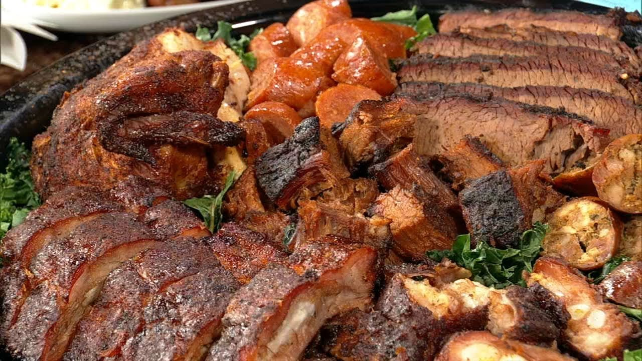 Big Ed's BBQ: Baby-back ribs, tips and burnt ends