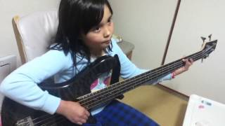 Audrey (8 years old) Plays Bass- Sweet Home Alabama - Lynrd Skynyrd...