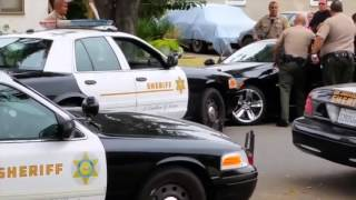 Crazy Police Video - Los Angeles Sheriff Deputies Shoot Suspect In Car