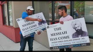 """The Messiah Has Come"" street corner Tabligh Campaign"
