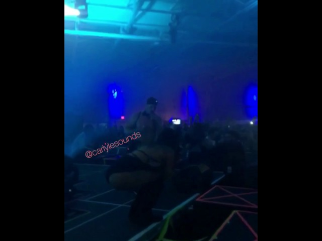 Girl falls off stage while getting proposed to at dallas music festival ORIGINAL (part 1)