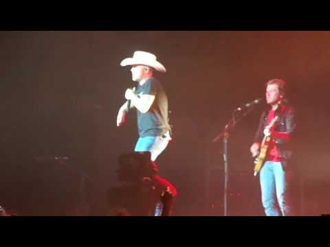 Justin Moore More Middle Fingers