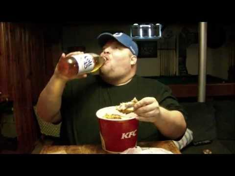 Bucket Of Chicken And A 40 Oz Youtube