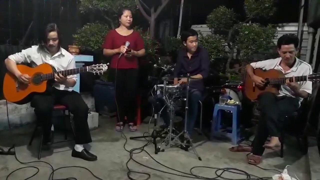 Hắt Hiu Tình Buồn (Guitar Hữu Thông_Sang Huỳnh.Tân Bo).Ca le Cẩm Vân Ca lẻ Cẩm Vân