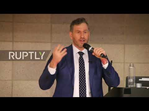 USA: Cernovich gives speech at Columbia University while protest rages outside