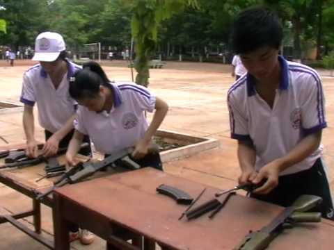 Tháo lắp súng AK 47 - Thảo ( THPT Bình Long )