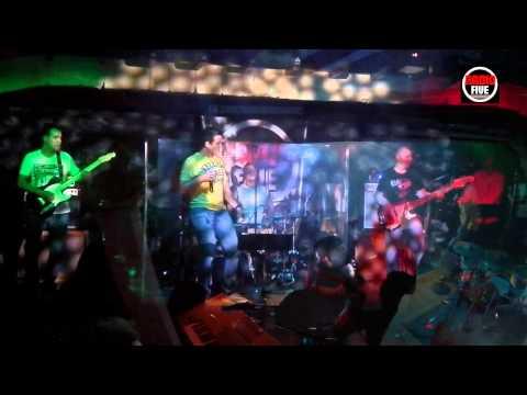 RADIOFIVE - A Máquina (Cover Amor Electro)