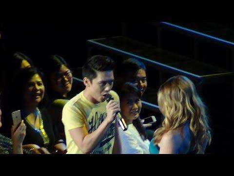 IDINA MENZEL & TIMMY PAVINO - Take Me Or Leave Me (Live in Manila!)