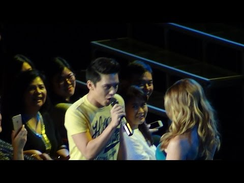 IDINA MENZEL & TIMMY PAVINO – Take Me Or Leave Me (Live in Manila!)