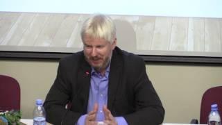 Василий Жарков, Андрей Захаров: Актуальная классика и современная политика