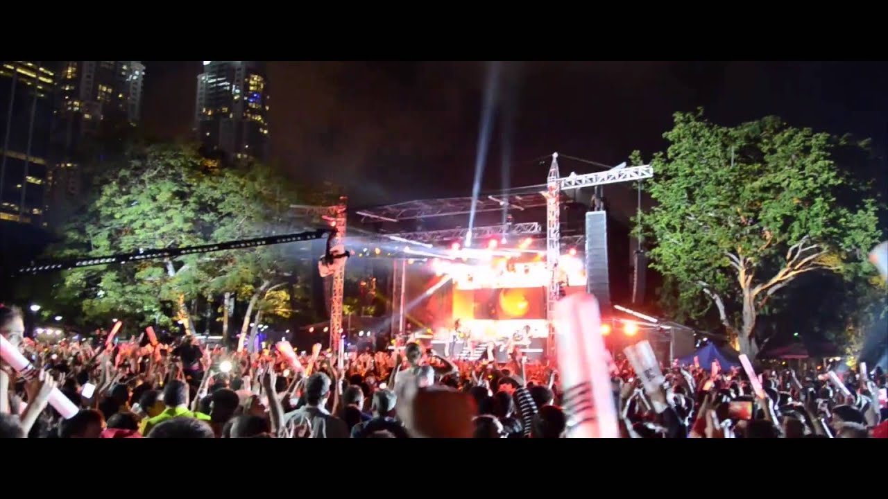 75106de6d25 New Years Eve at Miami Bayside Park ft. Pitbull 2015 2016 - YouTube