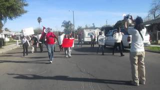Rev. Harris Leads March In River Park Ferguson Verse Fresno Police Brutality In River Park Pt. 9