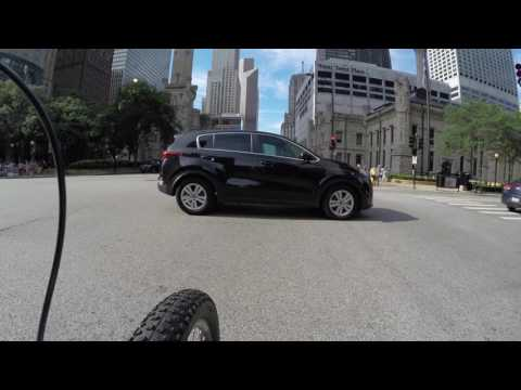 Urban cycling on Chicago