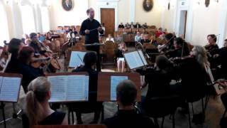 Моцарт Симфония 40 часть 3 дирижер Михаил Вандаловский 11 06 2016 вид из оркестра