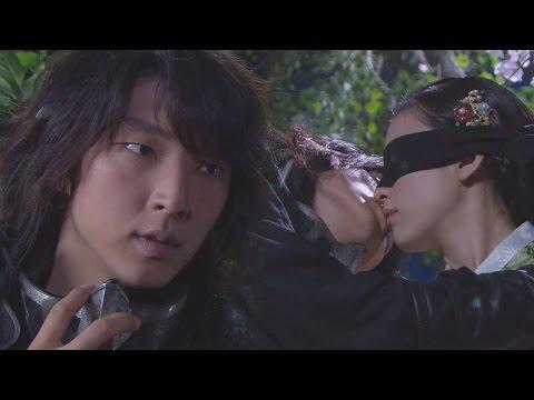 Lee Jun Ki ♥ Han Hyo Joo, Sweet Blind Kiss 이준기, 한효주 눈 가리고 '키스' @일지매 15회 20080709
