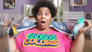 MOM PUT ON YOUR SHOES! GOO GOO COLORS CLOTHING SKIT FOR KIDS