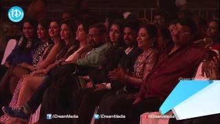 Best Actress In Malayalam Amala Paul For Oru Indian Pranayakatha Movie - SIIMA 2014 Awards