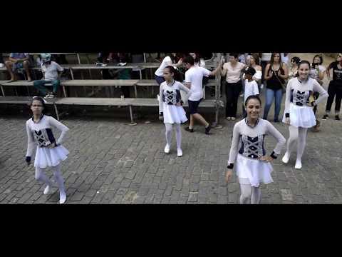 Desfile Cívico Na Cidade De Carmo: Fanfarras