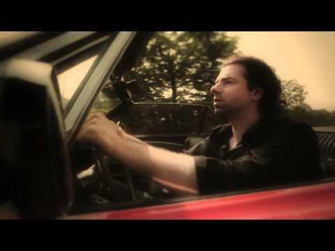 "Videoclip ""Propere ruiten"" (Yevgueni & Sarah Bettens)"