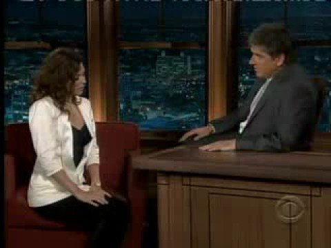 Anna Friel - 30.9.2008 - Late Late Show with Craig Ferguson