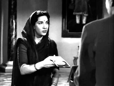 Dishonest Raj Kapoor Gets A Medal For Honesty - Shree 420 Most Viewed Scenes - Nadira